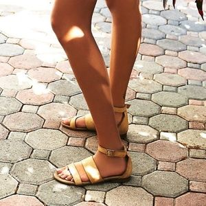 NWOT Free People Tan Vegan Leather Crowe Sandals